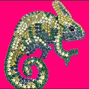 COPY - Veiled Chameleon Brooch - Crystal Reptile …